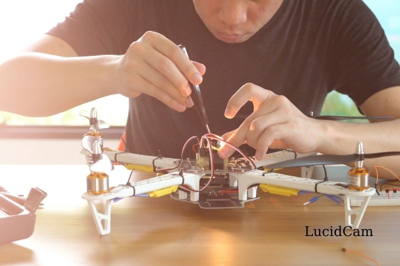 How To Build Your Own DIY Drone Kit